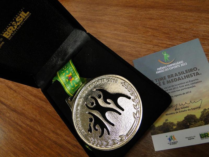 Medalhas foram entregues às empresas que colaboram com a Lei do Incentivo ao Esporte