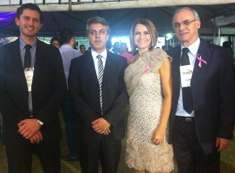 Equipe da Domínio com a presidente do CRC/TO, Vânia Labres da Silva