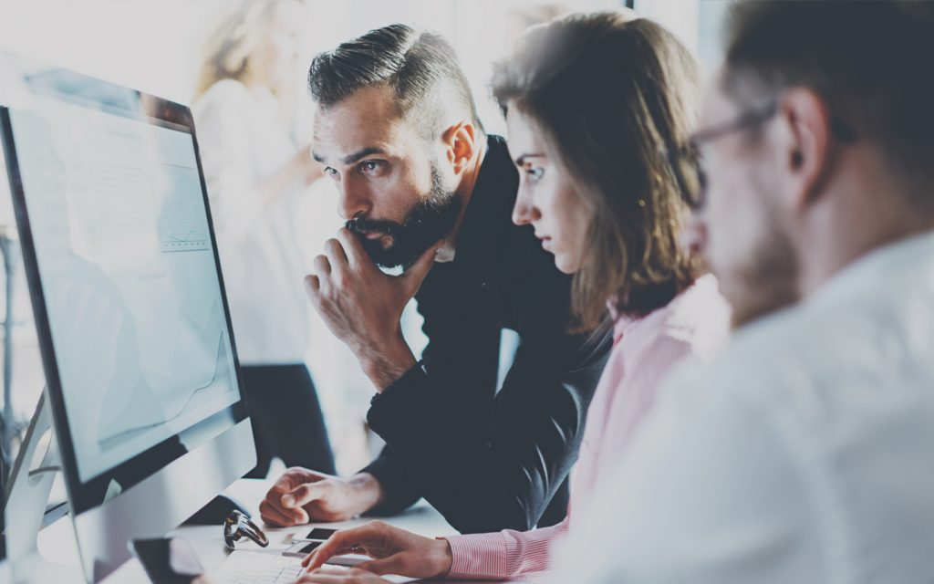 Contadores discutem sobre mudança no software contábil