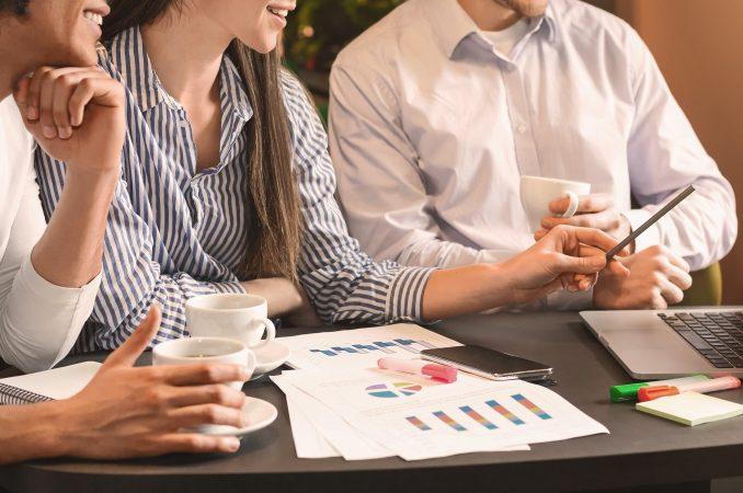 Attentive aumentou a produtividade com as soluções Domínio da Thomson Reuters