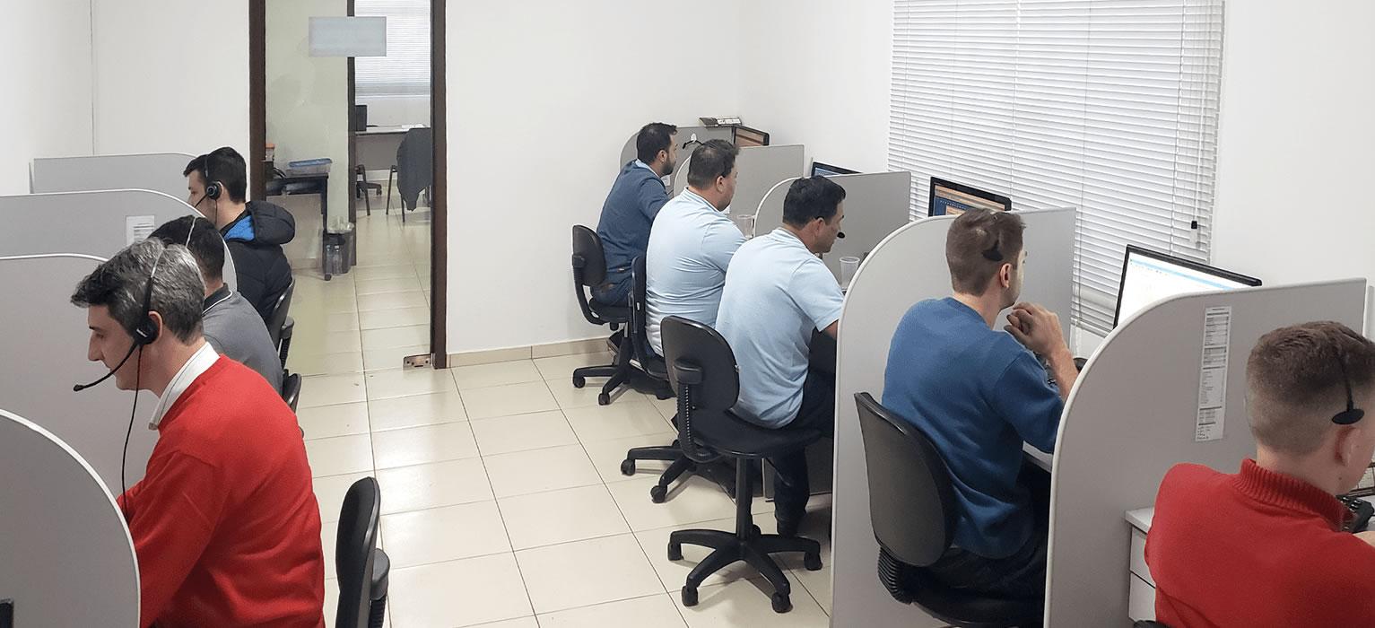 Serviços de Consultoria, implantação e treinamentos.